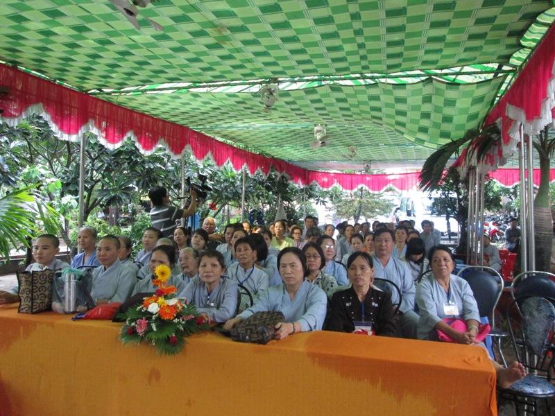 ĐĐ Thích Thiện Thuận thuyết giảng tại Chùa Bùi Bửu