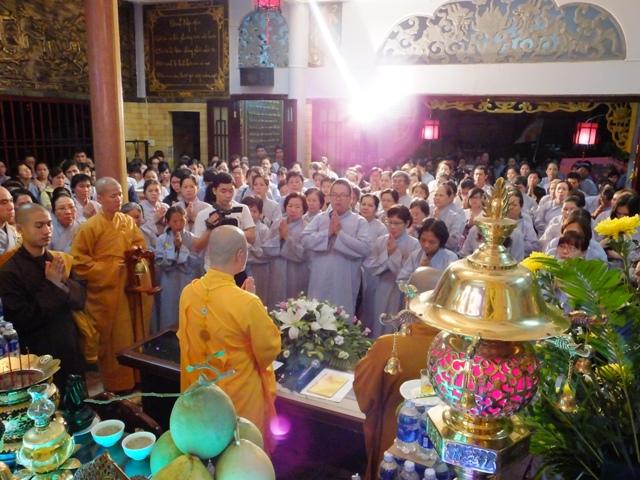 ĐĐ Thích Thiện Thuận Thuyết giảng tại chùa Minh Đạo ngày 13-4-2014