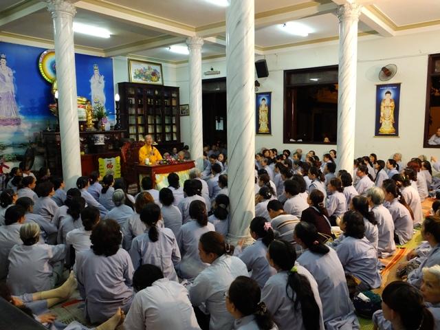 ĐĐ Thích Thiện Thuận Thuyết giảng tại chùa Bà Đa