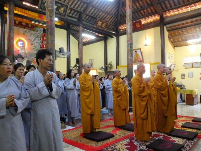 Hành hương Châu Đốc tham dự giỗ Tổ Sư chùa Long Khánh