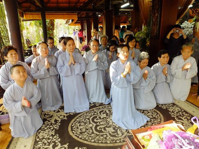 Ngày Mùng Bốn tết Ất Mùi 2015