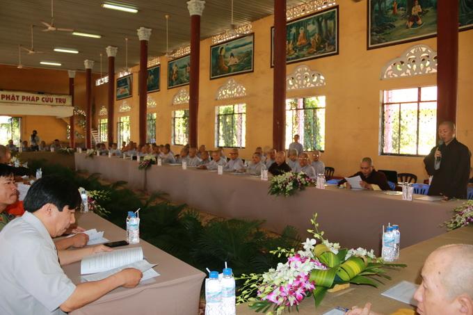 Phiên họp báo cáo tổng quát công tác Hội thảo Hoằng pháp toàn quốc 2015