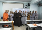 BTN Ánh Đạo cúng dường chư Tăng, Ni lớp cao học Tôn giáo
